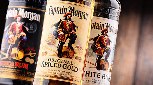 Сравнительный обзор сортов рома Captain Morgan
